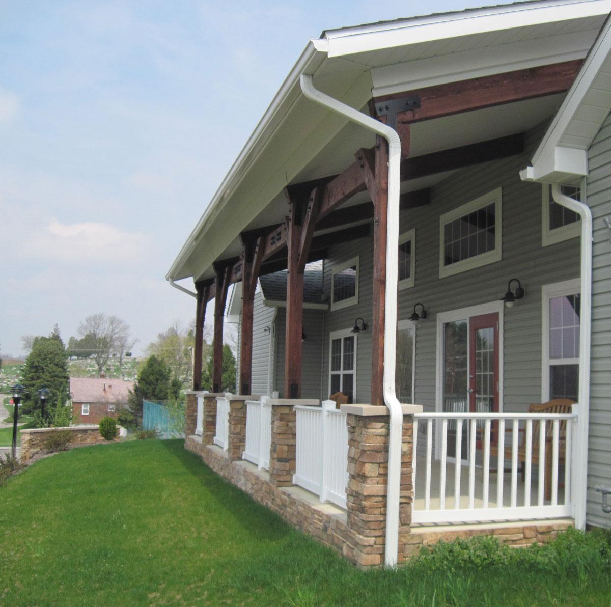 Grandview Pointe Apartments: Grandview Pointe: Blairsville, PA